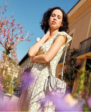 Repost @larocavillage tags: @pinkoofficial @sandroparis  ・・・ Vestidos románticos de @sandroparis que no te quitarás en todo el verano☀️ (y ahora con un 20% de descuento adicional🤩). Haz clic en el link de nuestra bio para recibir tu invitación para disfrutar de nuestra #VentaPrivada _____________ This is the sweet Summer dress by @sandroparis to wear all season long☀️  (and you have now an additional 20% off🤩) Click the link in bio to receive your invite to our #PrivateSale #particularagency #models #fashionstyle