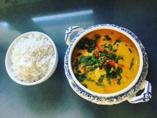 Curry de pollo con arroz basmati . . . #cooking #sunday #goodvibes #lunch #time